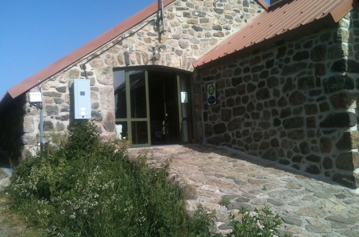 Chambres hotes ardeche simple with chambres hotes ardeche for Ardeche chambre hote