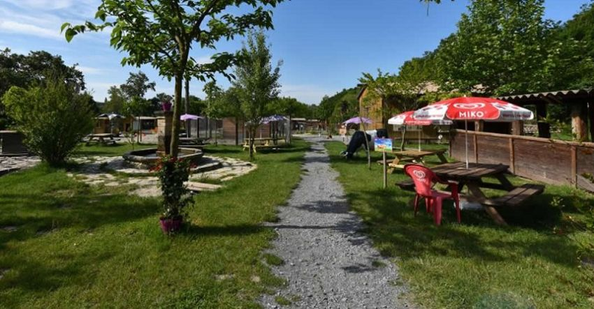 Parc-animalier-opportunite-a-vendre-ardeche