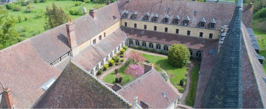 Ancienne-abbaye-a-reprendre-pour-activite-hoteliere