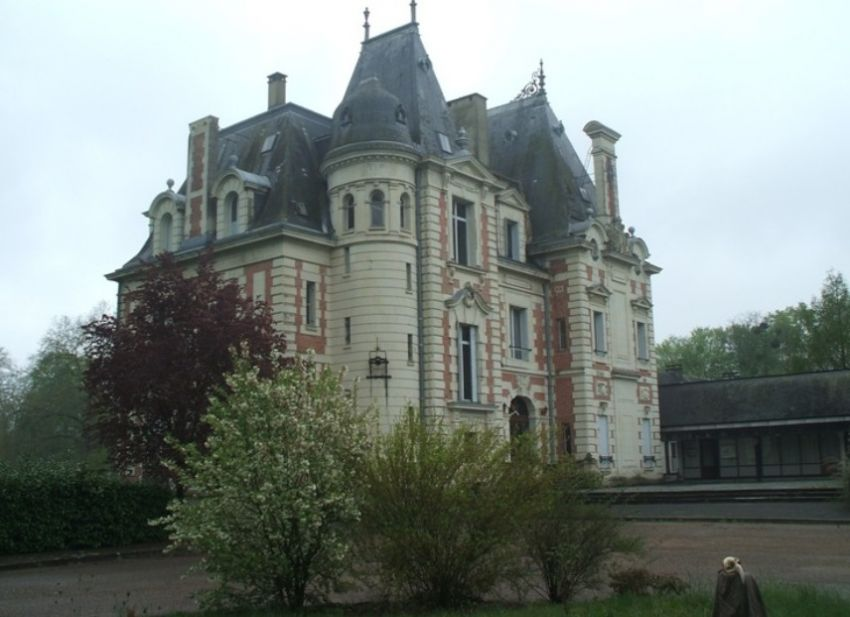 Reprise-chateau-chambre-hotes-sarthe